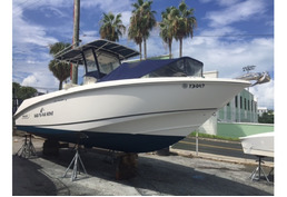 SOLD - 27 Boston Whaler Outrage 2005 - Bring all Offers