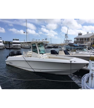 SOLD - A Rare Opportunity on a Beautiful 2014 Boston Whaler 280 Outrage