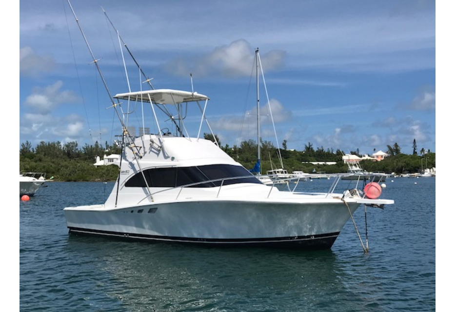 New Winter Price - 32 foot Luhrs Convertible