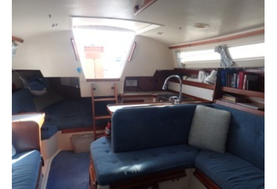 "For Sale Cruising yacht Catalina 30 ""Sea Sun"""
