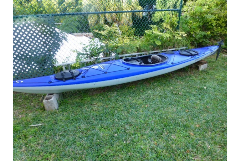 SOLD - Pelican Elite 140X kayak