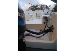 22ft Aquasport with Mercury Optimax 200hp Outboard