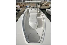 32ft; Seacraft Master Angler Twin 300HP E-TEC G2