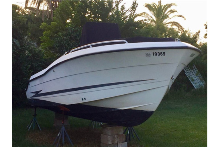 24FT Hydra-Sports - Center Console